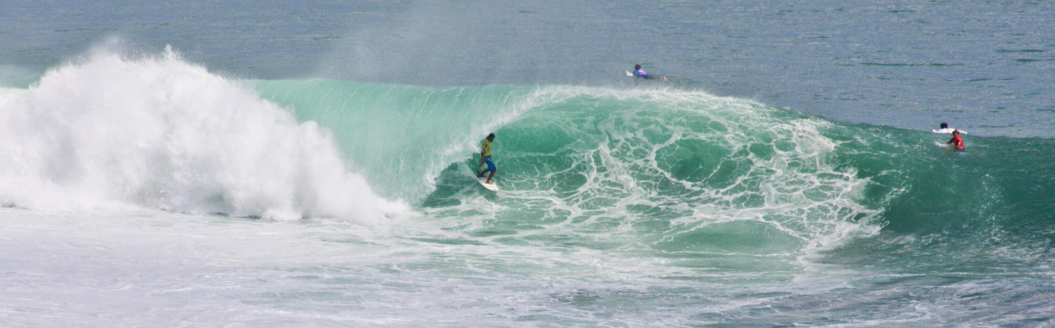 Surf Padang Padang